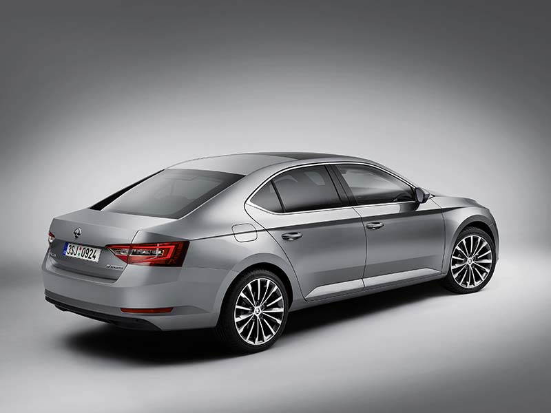 Superb sedan rear in silver